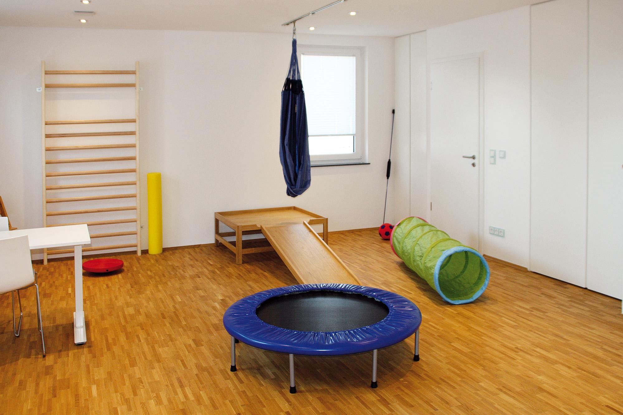 ergovitalis-ergotherapie-crailsheim-praxis-behandlungsraum01-2017